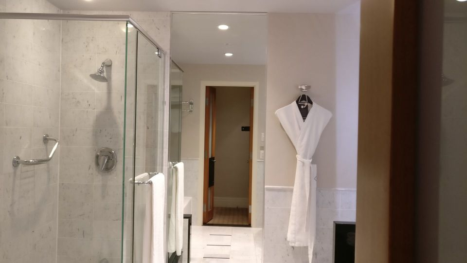 Sofitel Montreal Luxury Room Bathroom