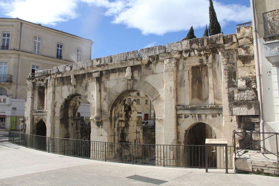 La Porte Auguste Nimes