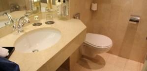 Hotel Le Royal Lyon Junior Suite Main Bathroom