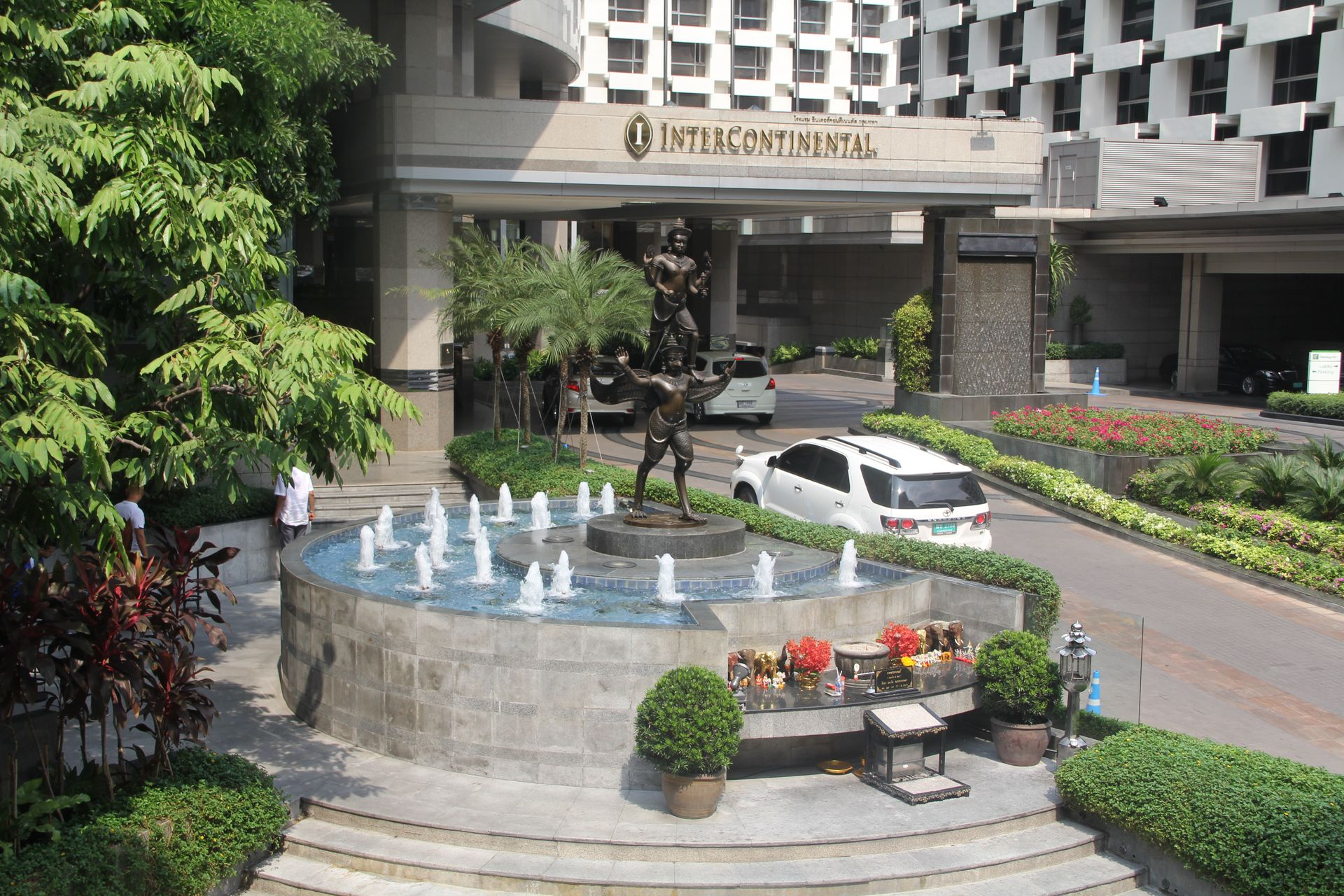 InterContinental Bangkok Entrance