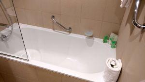 Grand Hotel Cannes Prestige Room Bathroom
