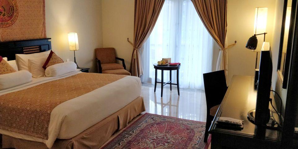 phoenix hotel yogyakarta legacy room