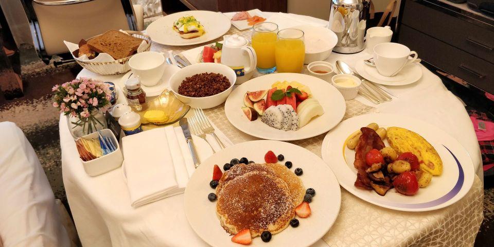 Four Seasons Shanghai Room Service Frühstück