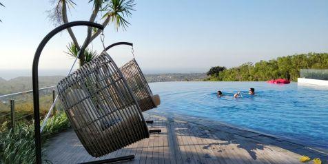 Renaissance Bali Uluwatu Pool