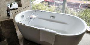 Four Seasons Shenzhen Bathroom