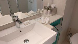 Radisson Blu Hamburg Bathroom