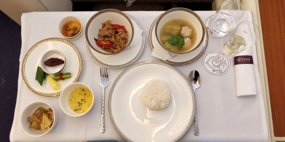 Thai Airways First Class Airbus A380 Mittagessen