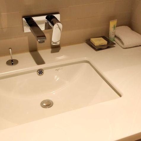 Grand Hyatt Incheon Bathroom