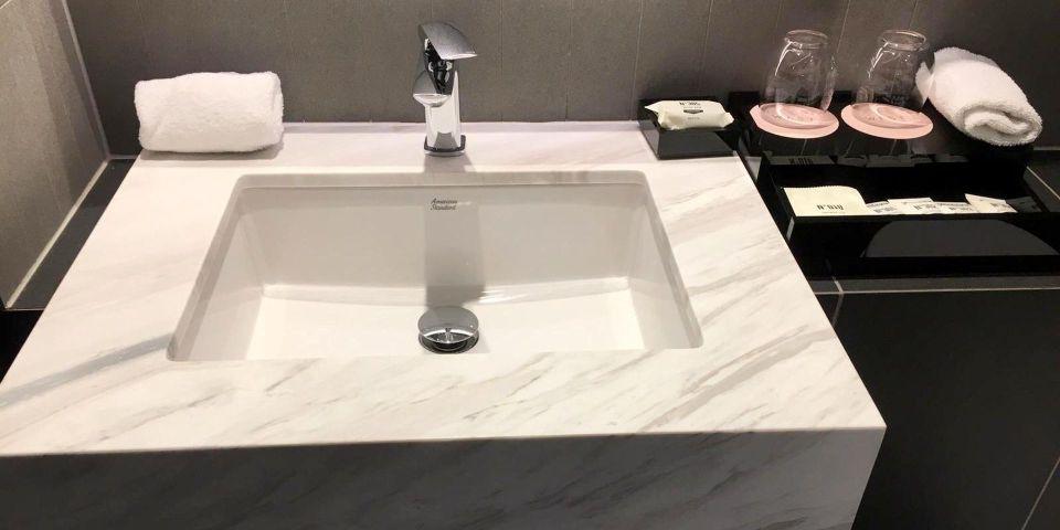 West Hotel Sydney Bathroom