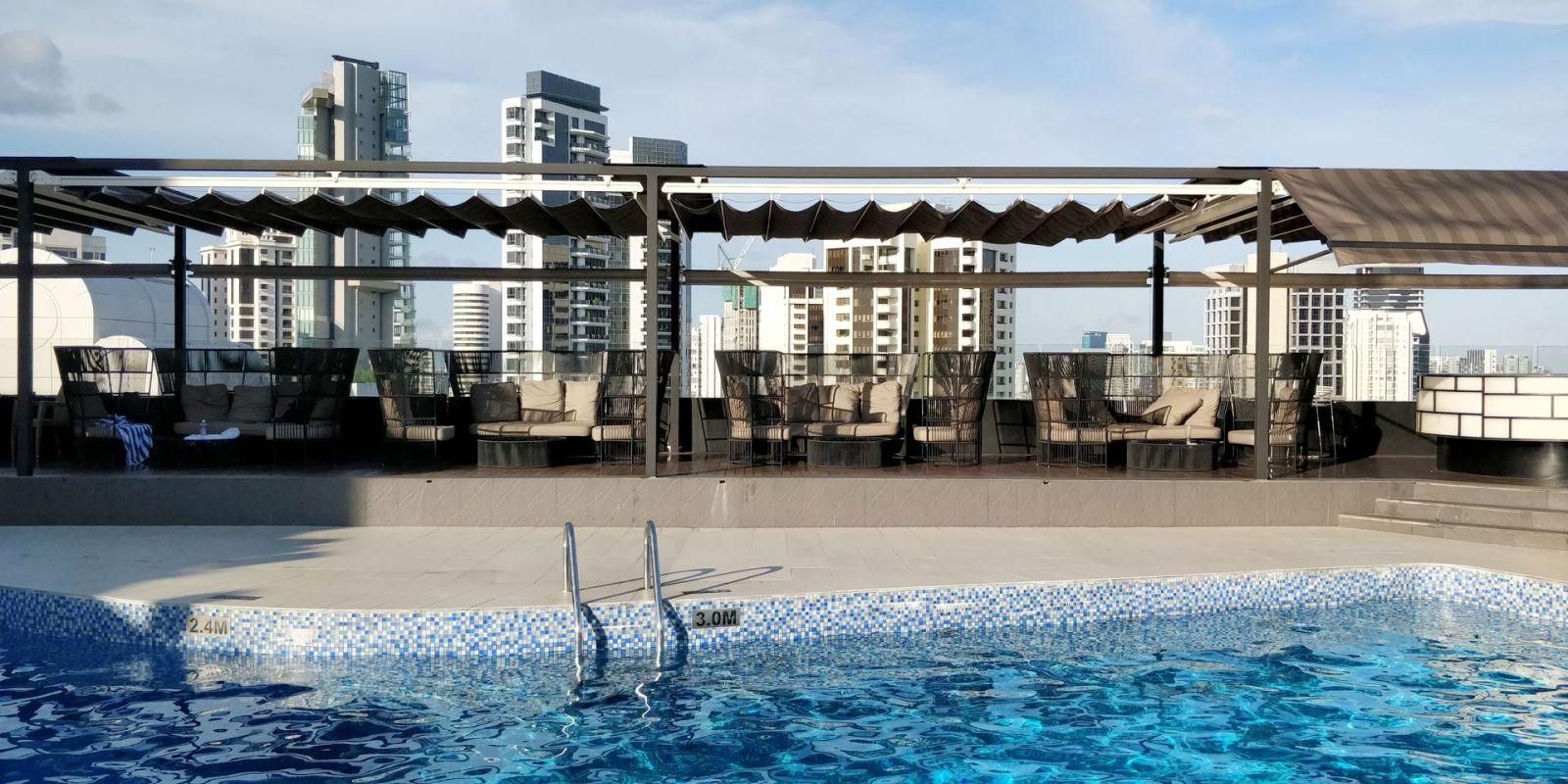 Hilton Singapore Pool