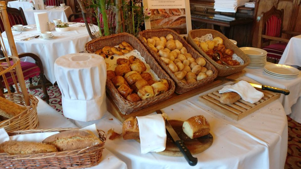 Hotel de la Cite Carcassonne Breakfast