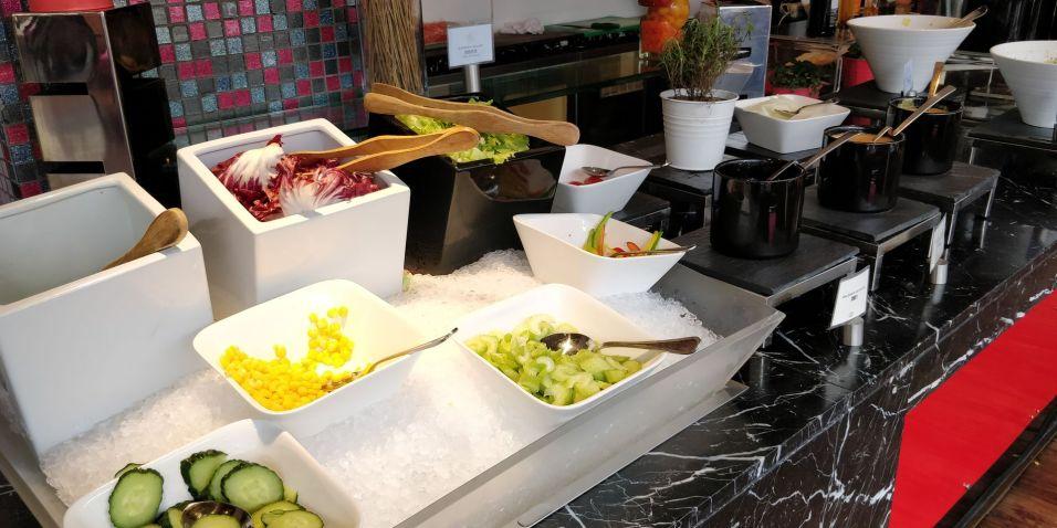 Sofitel Shanghai Hyland Breakfast