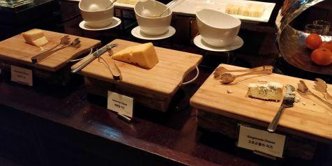 Conrad Seoul Executive Lounge Dinner
