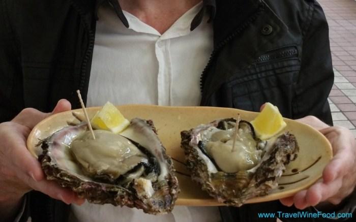 Niigata Seafood Markets Giant Oysters
