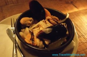 porch-and-parlour-02-mussels