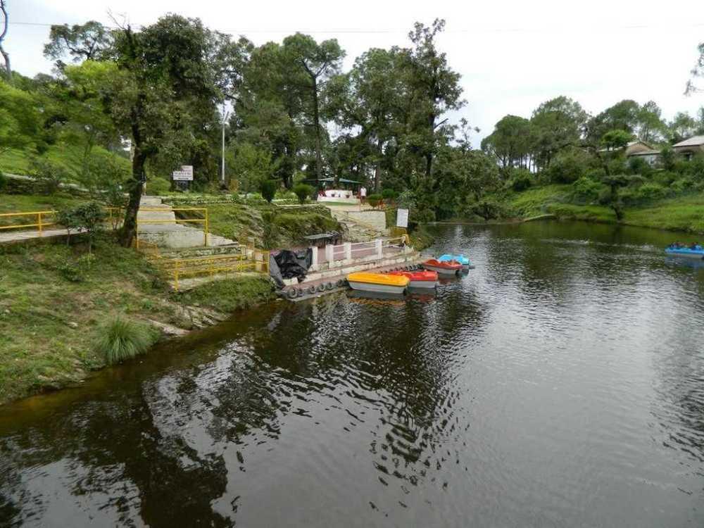 Bhulla Tal (Lake), Source-Wikemedia,Lansdowne, Uttarakhand, India