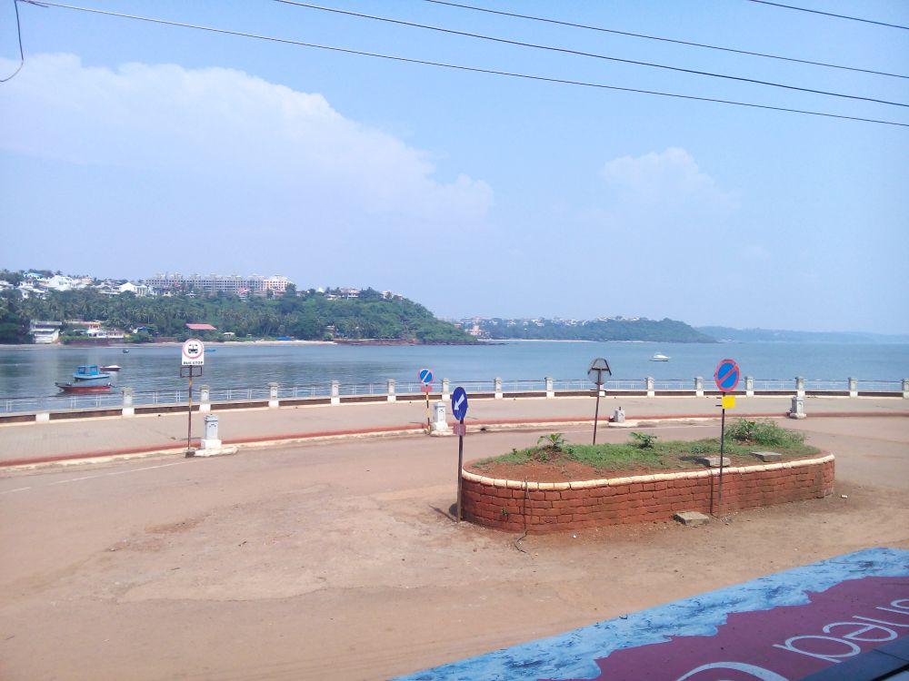 Dona Paula Beach, Goa, India, Goa is famous for it's beaches