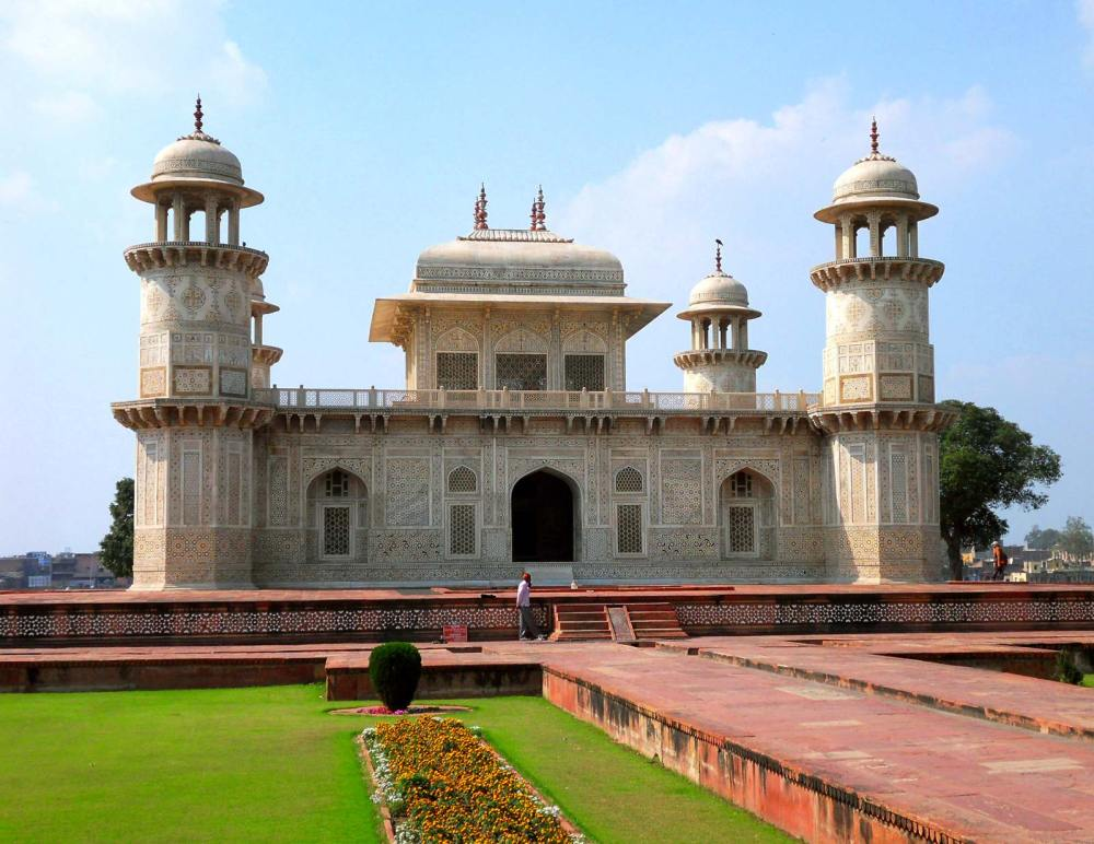 Tomb of Itmad Ul-Daullah, Agra, India