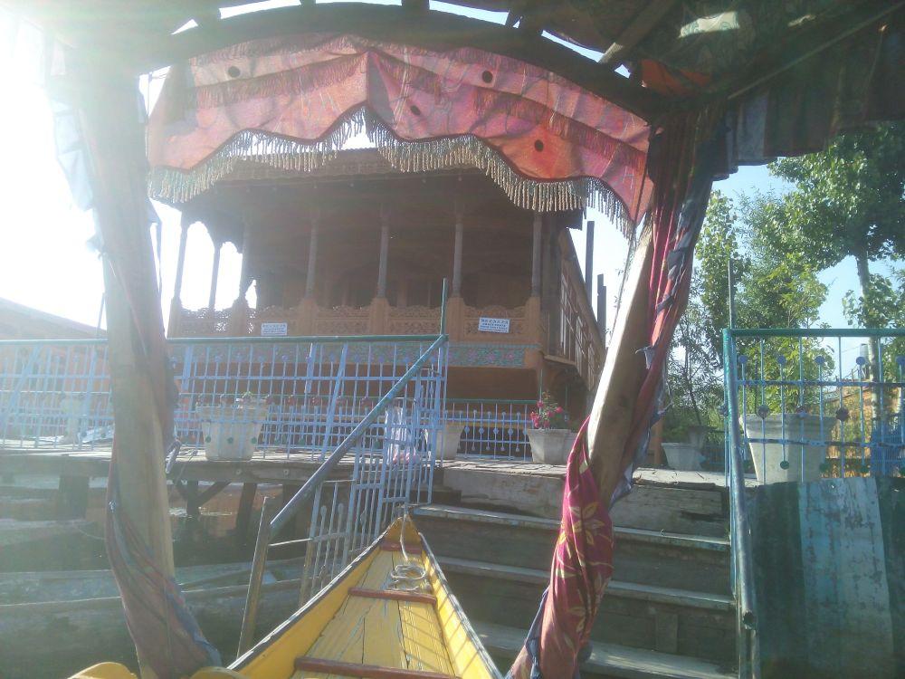 De Laila Houseboat, Dal Lake, Srinagar, Kashmir, India
