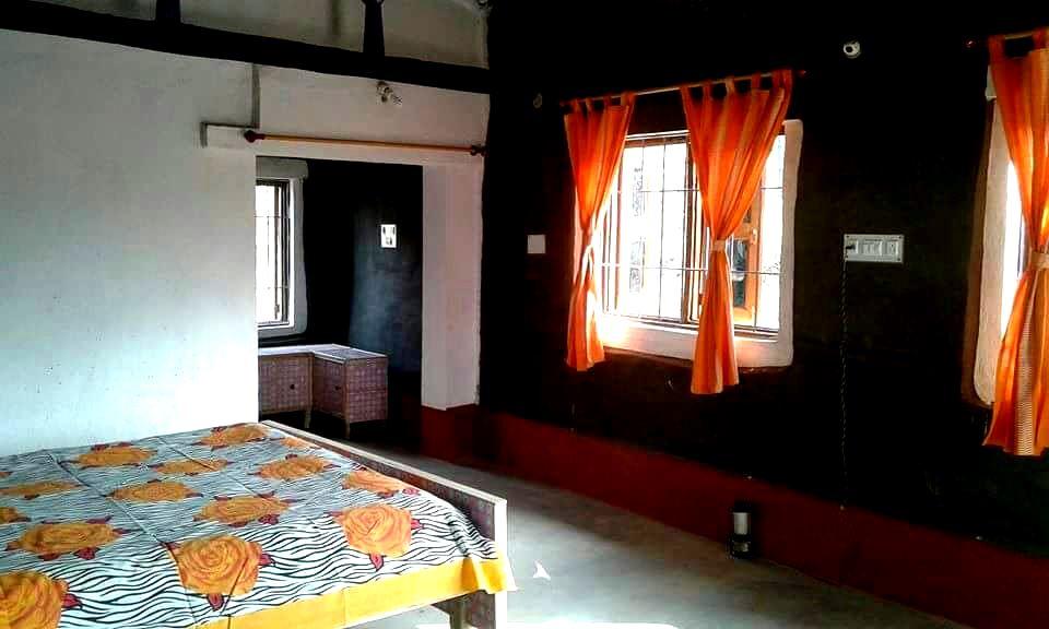 Room-interior.jpg