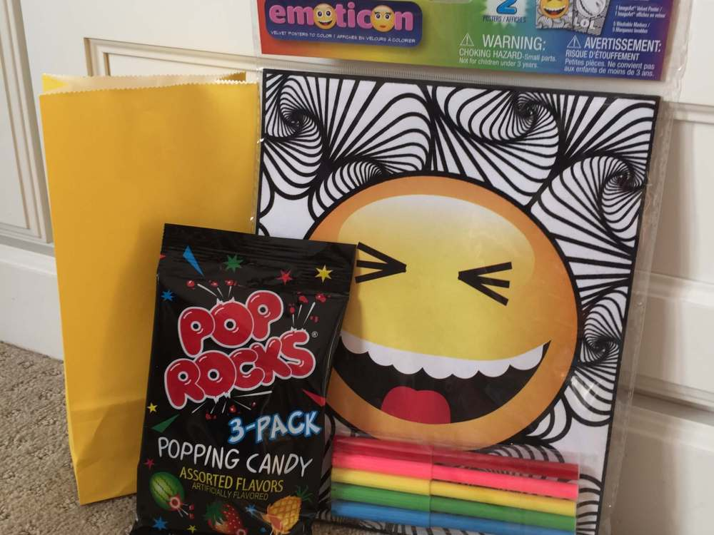 Road Trip activities featured by top US family travel blog, Travel with a Plan: Pop rocks road trip activity bag