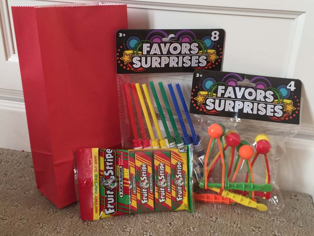 Road Trip activities featured by top US family travel blog, Travel with a Plan: Party favor road trip activity bag