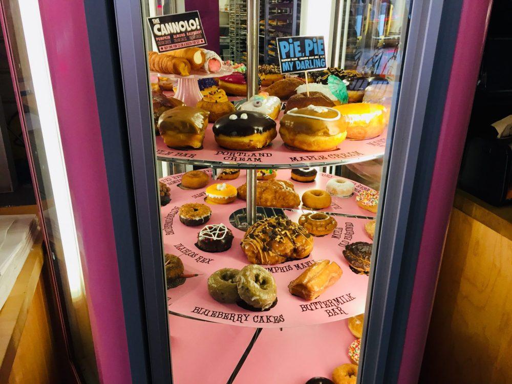 Top US Travel Blog highlights a girls weekend in Austin TX: VooDoo doughnut.
