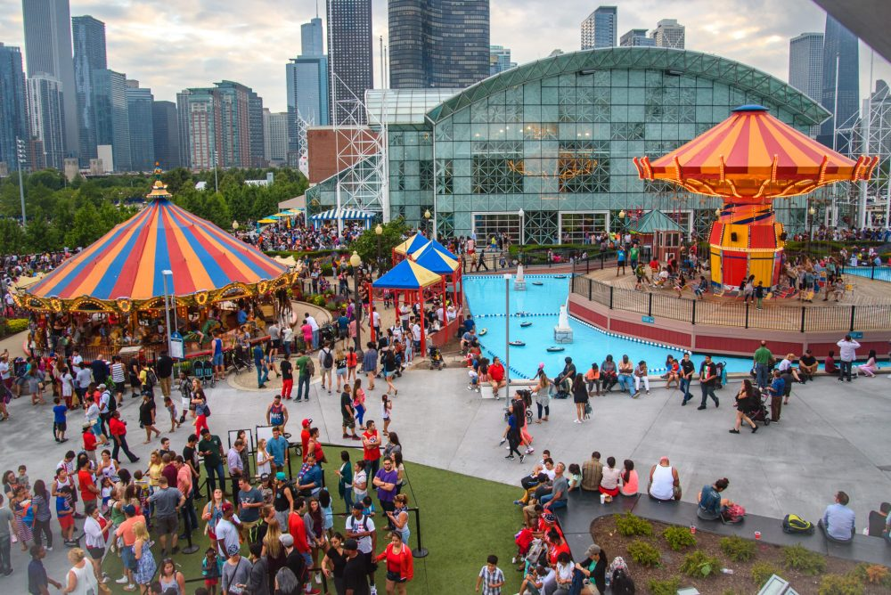Top U.S. Travel Blog, Travel With A Plan, shares the list of the Top Things to do at Navy Pier Chicago with Kids!