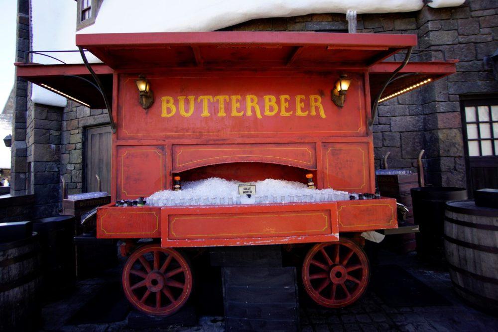 Universal Studios butterbeer stand
