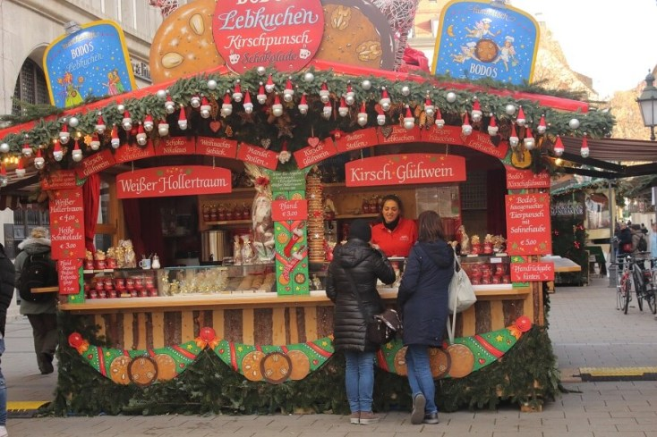 Christmas Stand Marienplatz