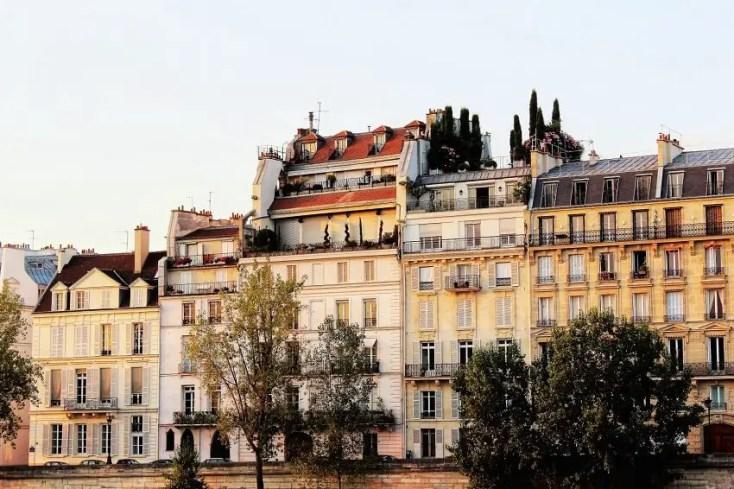Ile Saint-Louis - best attractions in Paris