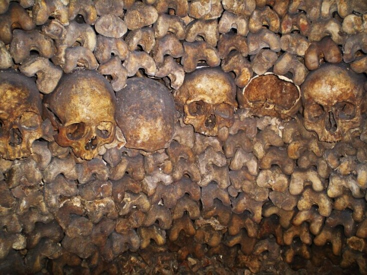 Attractions in Paris - the Catacombs