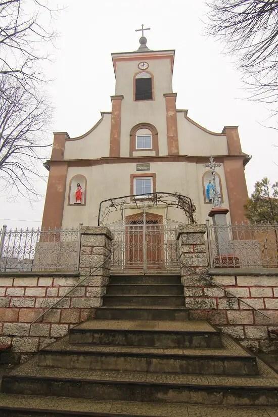 Biserica din satul cehesc Sfânta Elena