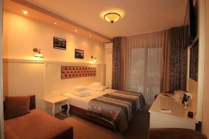 Hotel Holiday Maria din Băile Herculane