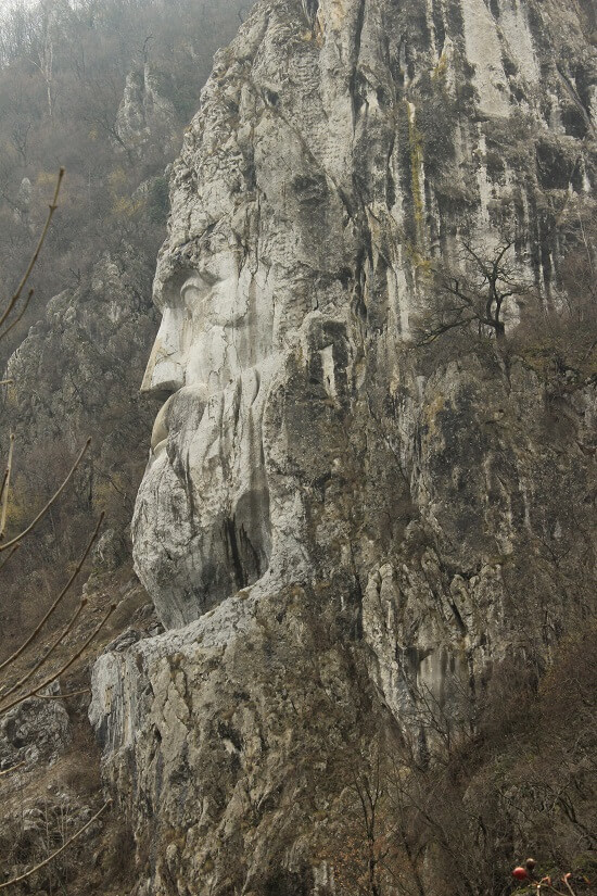 Decebalus Head Statue in Mraconia Bay, Danube Boilers