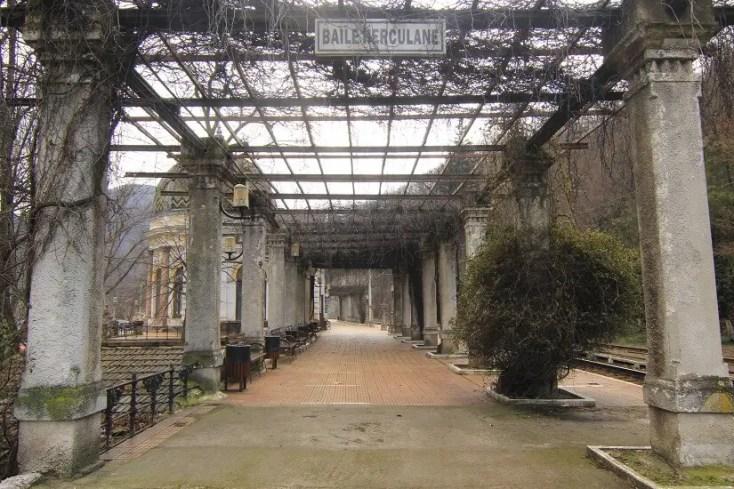 Gara din stațiune