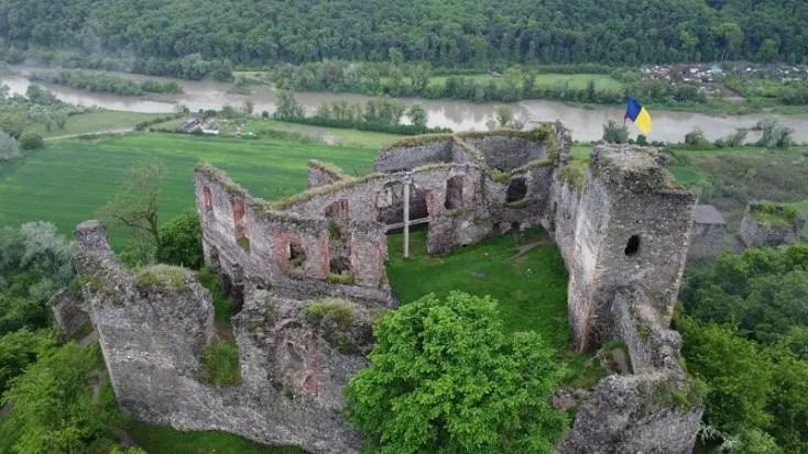 Cetatea Soimos, obiective turistice din judetul Arad
