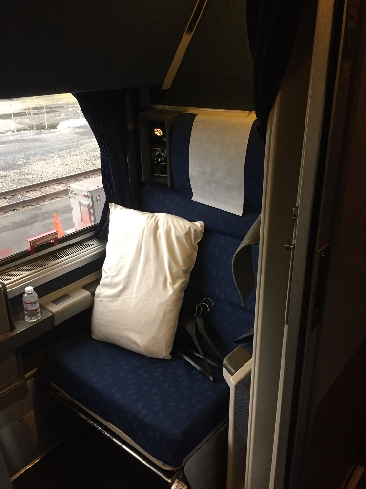 fold out chairs walmart gaming chair costco amtrak coast starlight trip - part 3: bedrooms and roomettes