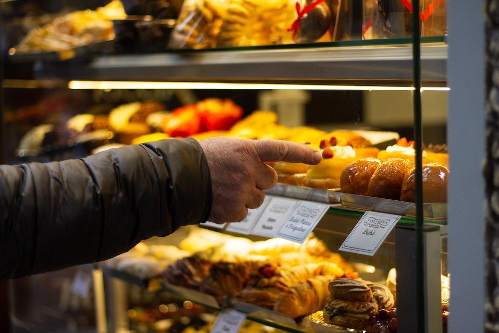 Dove fare shopping gastronomico a Napoli: 4 negozi+1