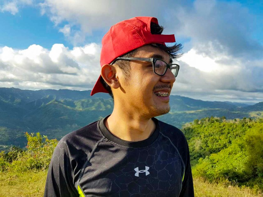 Filipino Travel Vloggers and their music 1.jpg