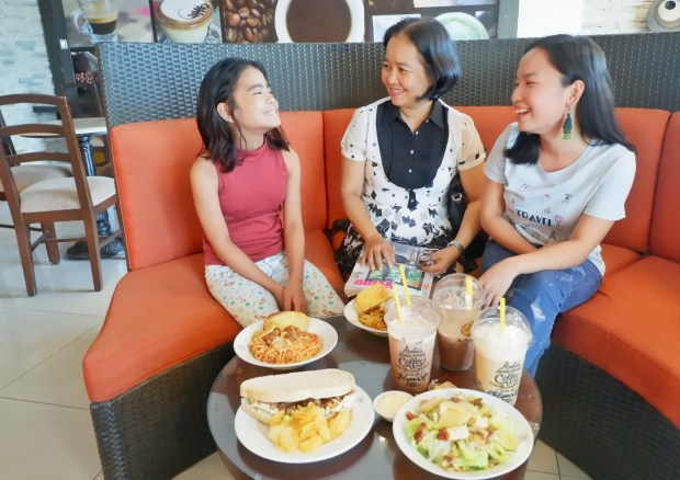 Figaro Coffee Dasmarinas (16)