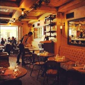 35 Cafe L'Eclair