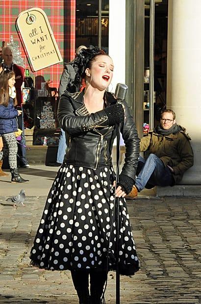 street entertainer, Covent Garden