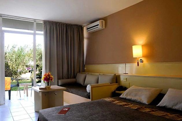 Kombo Beach Hotel in Kotu