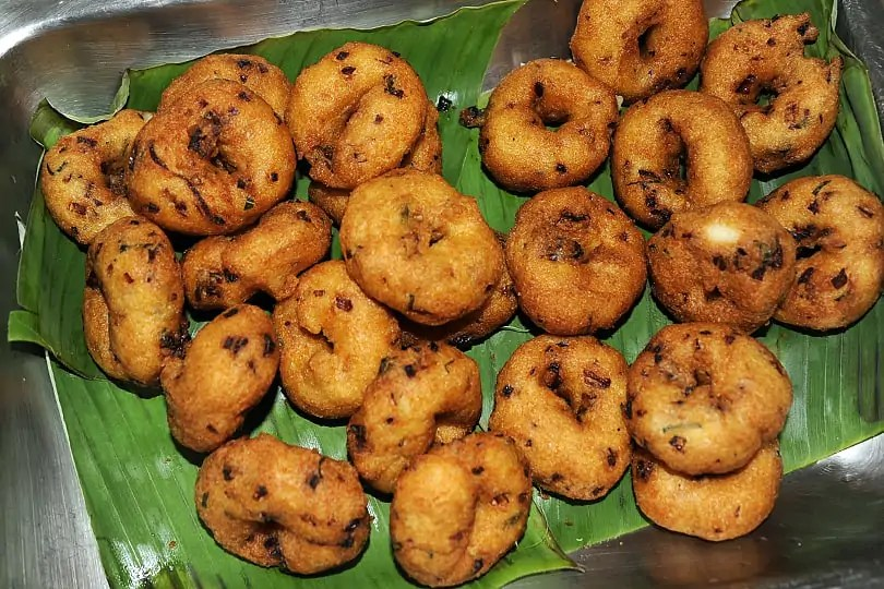 Goa Highlights:  Vada for breakfast in Goa, India