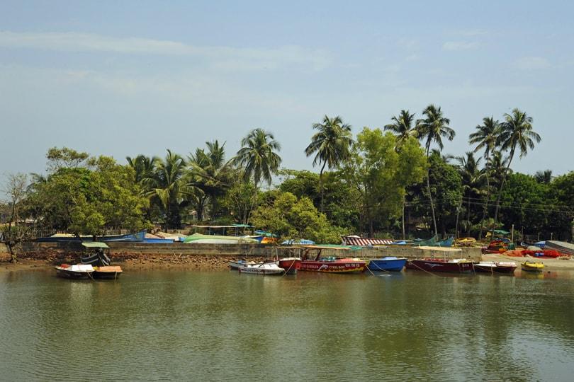 Top 6 hotels in Goa - Acron Waterfront Hotel, Baga, Goa