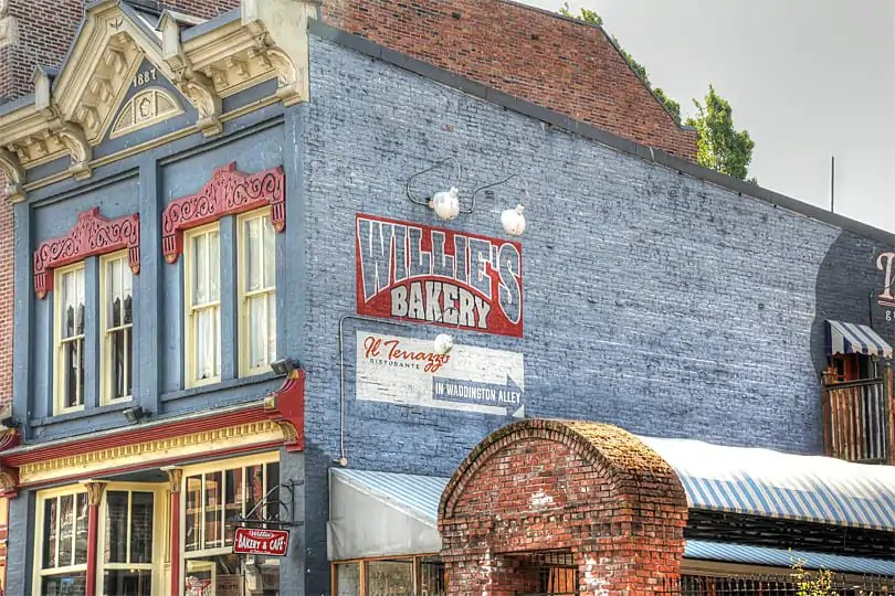 Willies Bakery, Victoria, BC, Canada