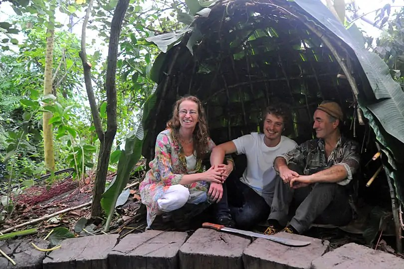Su, Milo and Martin in the completed Mongolu Baka dwelling