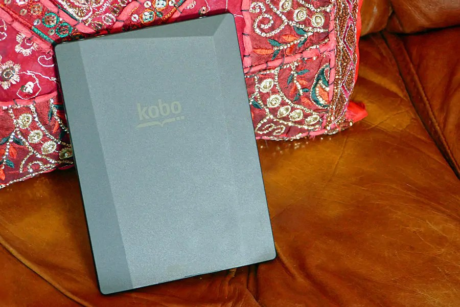 Kobo aura h2o review for Housse kobo aura h2o edition 2