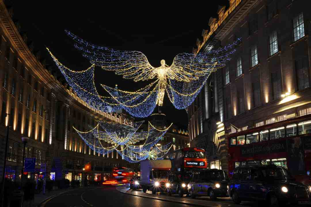 Christmas lights of Regent Street 2017
